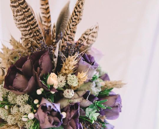 English Country Wedding Cake Flowers (fabulous elegant bespoke arrangements) Oxford Oxfordshire Buckinghamshire Berkshire
