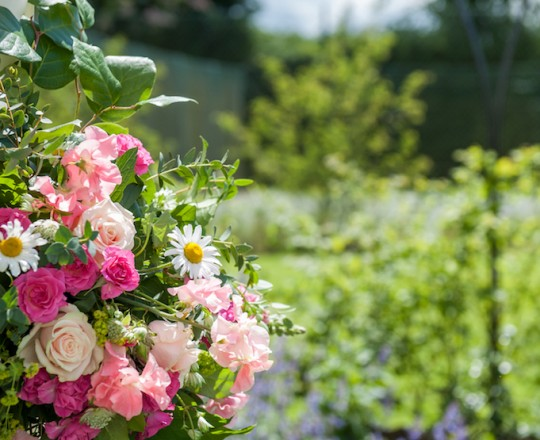 Wedding Flowers Berkshire Marquee Wedding