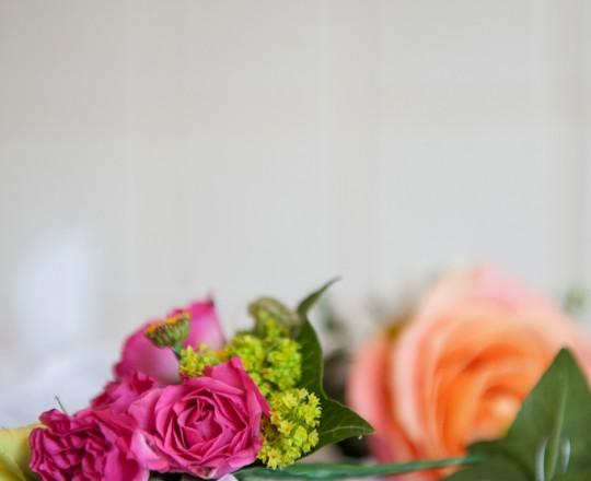 Wedding Flowers Berkshire Marquee Wedding Bridesmaids Hair Flowers