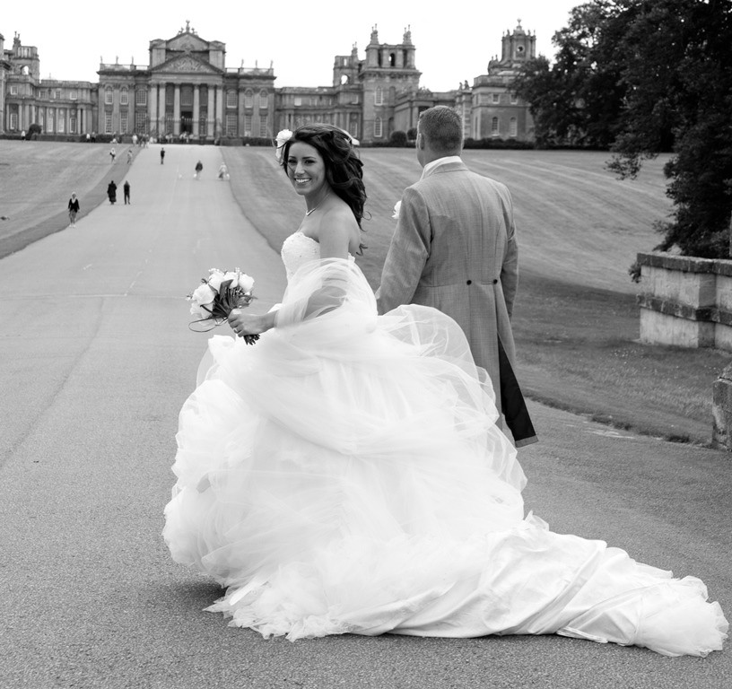Blenheim Palace – Beautiful bespoke elegant bouquet arrangements – gorgeous fabulous wedding flowers by Joanna Carter Wedding Flowers, Oxford, Oxfordshire, Buckinghamshire, Berkshire and London.