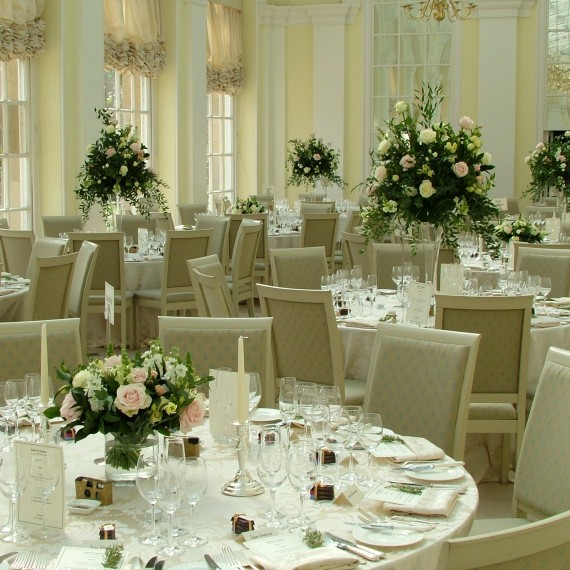 Joanna Carter wedding flowers, Oxfordshire wedding flowers, Blenheim Palace