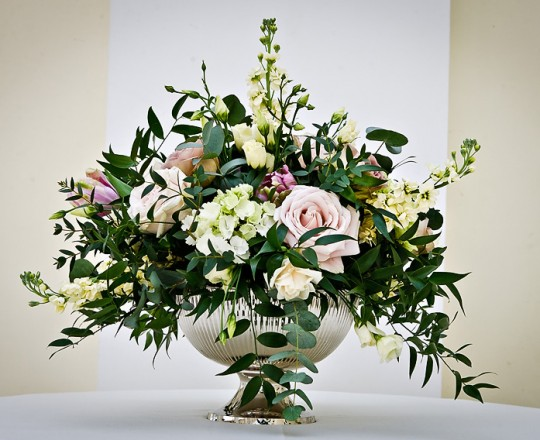 Blenheim Palace - Beautiful bespoke & elegant arrangements - gorgeous fabulous wedding flowers by Joanna Carter Wedding Flowers, Oxford, Oxfordshire, Buckinghamshire, Berkshire and London.