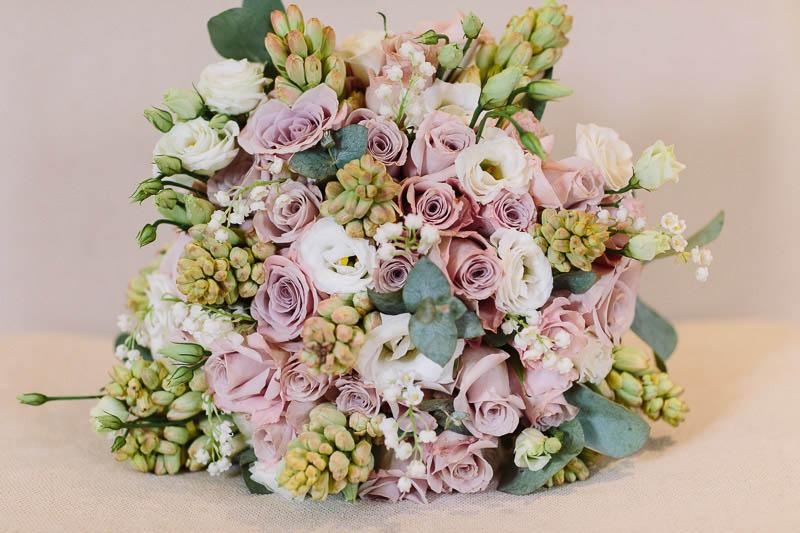 Beautiful bespoke brides bouquet wedding flowers Notley Abbey Joanna Carter Wedding Flowers Oxford Oxfordshire Buckinghamshire Berkshire Surrey London