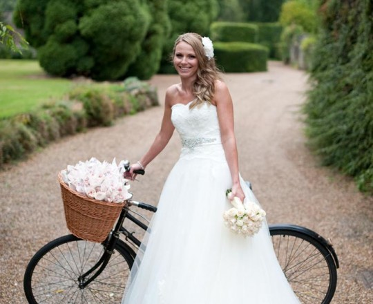 Elegant Bespoke Brides Bouquet, Wedding Flowers, Notley Abbey, Buckinghamshire