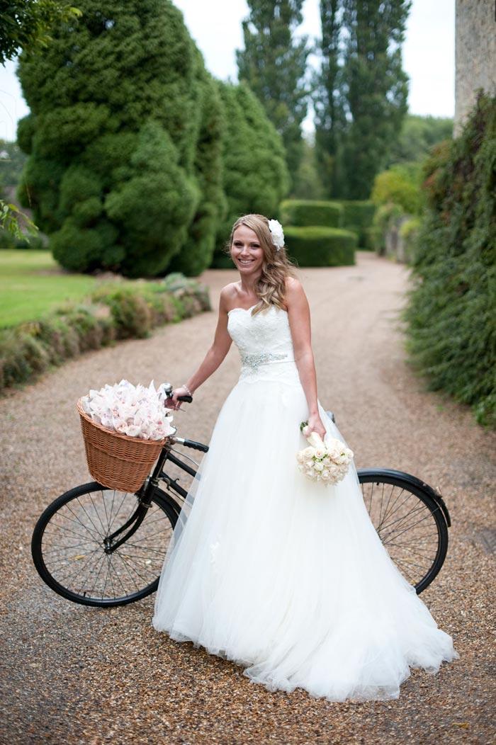 Elegant Bespoke Brides Bouquet, Wedding Flowers, Notley Abbey, Buckinghamshire