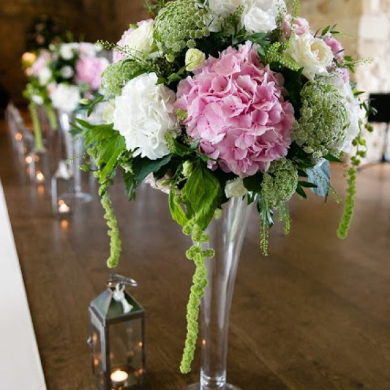 Fabulous Bespoke Wedding Flowers, Notley Abbey, Buckinghamshire | Joanna Carter Wedding Flowers Oxford Oxfordshire Berkshire London