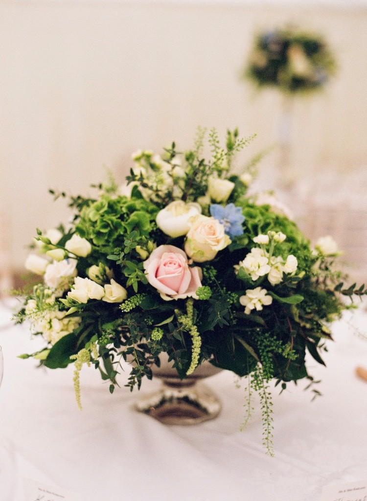 Gorgeous rose bowl flowers, Joanna Carter Wedding Flowers, Oxford, Oxfordshire, Buckinghamshire, Berkshire and London