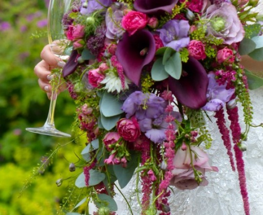 Beautiful Bespoke Elegant Brides Bouquet, with gorgeous, stunning, fabulous Flowers - Luxury wedding flowers, Oxfordshire, Joanna Carter Flowers