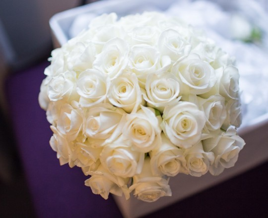 Beautiful bespoke & elegant bouquet – gorgeous fabulous wedding flowers by Joanna Carter Wedding Flowers, Oxford, Oxfordshire, Buckinghamshire, Berkshire and London.