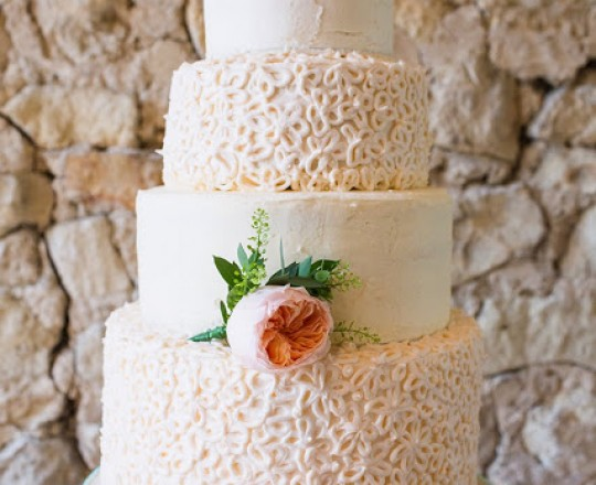 Fabulous Wedding Cake Flowers Notley Abbey Buckinghamshire