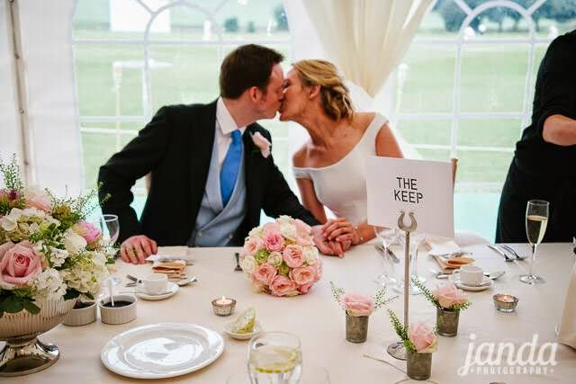 Cake Flowers, Joanna Carter Wedding Flowers, Oxford, Oxfordshire, Buckinghamshire, Berkshire & London