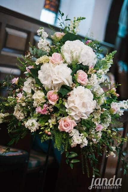 Church Flowers, Joanna Carter Wedding Flowers, Oxford, Oxfordshire, Buckinghamshire, Berkshire & London