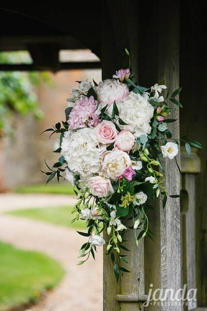 Joanna Carter Wedding Flowers, Oxford, Oxfordshire, Buckinghamshire, Berkshire & London