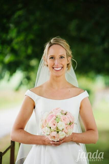 Bride's Bouquet, Joanna Carter Wedding Flowers, Oxford, Oxfordshire, Buckinghamshire, Berkshire & London