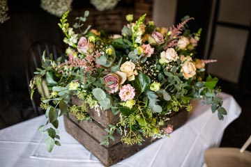 jc-reception-venue-flowers-17