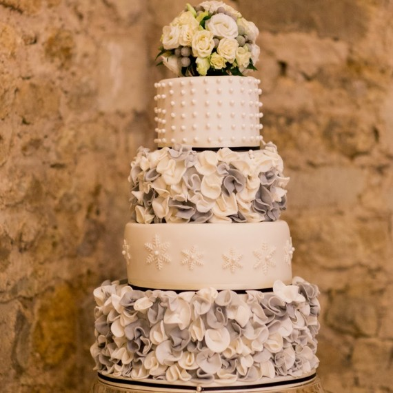 Elegant Bespoke Wedding Cake Flowers at Notley Abbey Buckinghamshire | Joanna Carter Wedding Flowers Oxford | Oxfordshire | Buckinghamshire | Berkshire | London