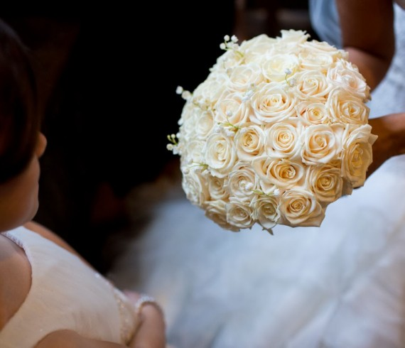 Brides Bouquet, Joanna Carter Wedding Flowers, Notley Abbey, Buckinghamshire