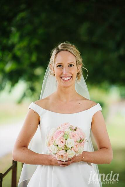 Beautiful Bespoke Elegant Brides Hand tied Bouquet, with Gorgeous, Stunning & Fabulous Flowers - Luxury wedding flowers in Oxford, Oxfordshire, Buckinghamshire & London