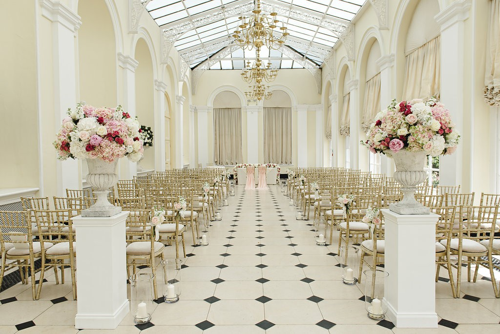 Gorgeously elegant ceremony room wedding flowers in Urns - Joanna Carter Wedding Flowers, Oxford, Oxfordshire, Buckinghamshire, Berkshire & London