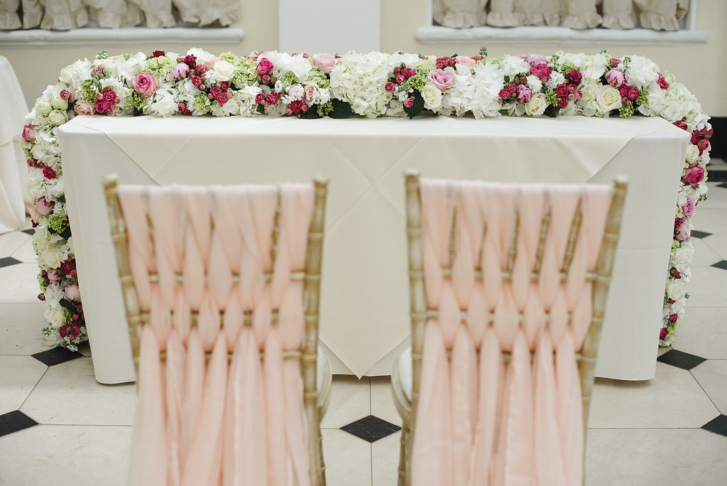 Fabulous and Sumptuous Wedding Table Runner - Joanna Carter Wedding Flowers, Oxford, Oxfordshire, Buckinghamshire, Berkshire & London
