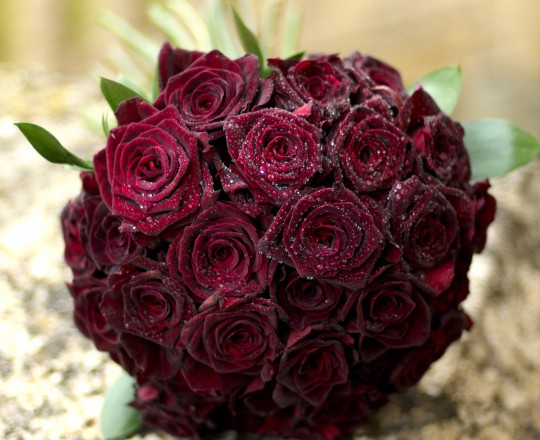 Bouquet of Rich Red Roses, Heythrop Park, Oxfordshire, designed by Joanna Carter Flowers