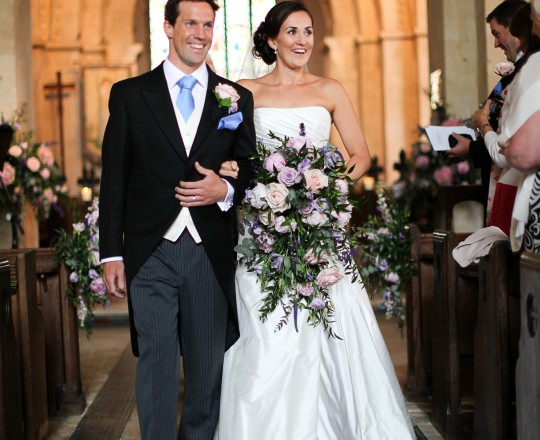Beautiful Bespoke Elegant Brides Bouquet, with fabulous and gorgeous wedding flowers - Joanna Carter Wedding Flowers, Oxford, Oxfordshire, Buckinghamshire, Berkshire and London