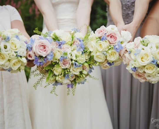 Brides & Bridesmaids Flowers, Joanna Carter Wedding Flowers, Oxford, Oxfordshire, Buckinghamshire, Berkshire and London