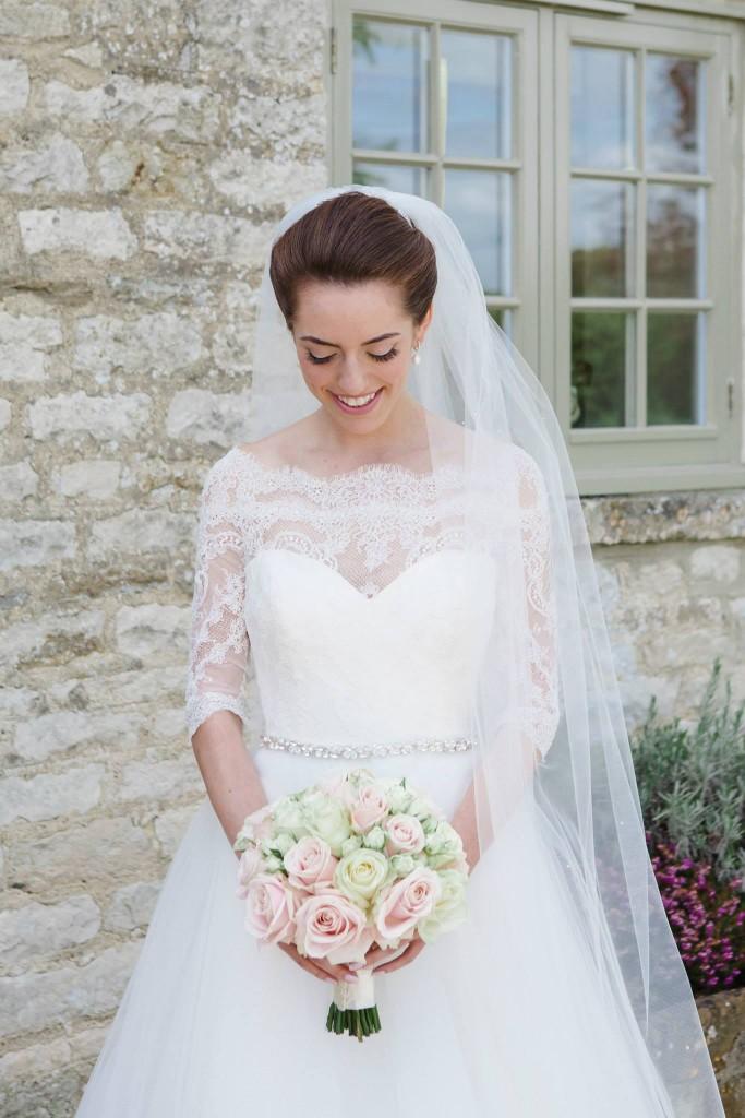 Brides bouquet, Caswell House, Joanna Carter wedding flowers, Oxfordshire, Berkshire, Buckinghamshire, London