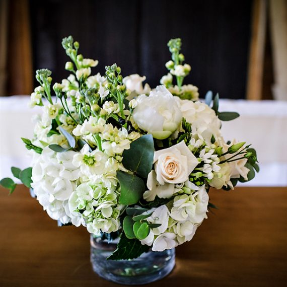 Joanna Carter wedding flowers, Caswell House, Oxfordshire