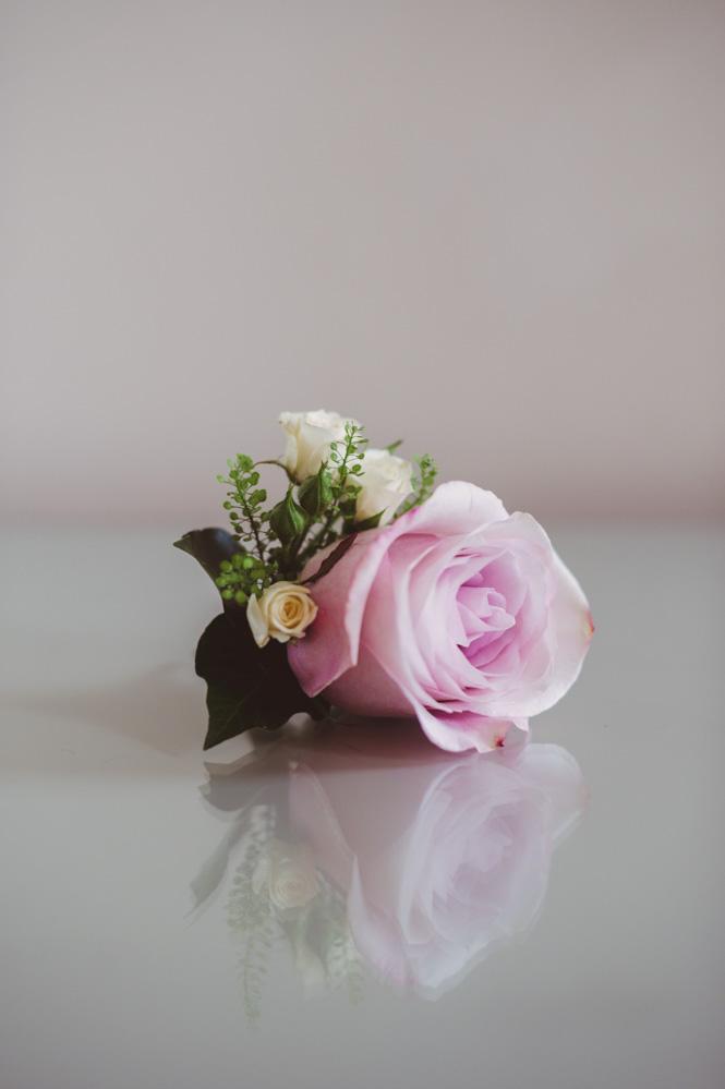 Oxford college wedding buttonholes, Joanna Carter wedding flowers, Oxfordshire, Berkshire, Buckinghamshire