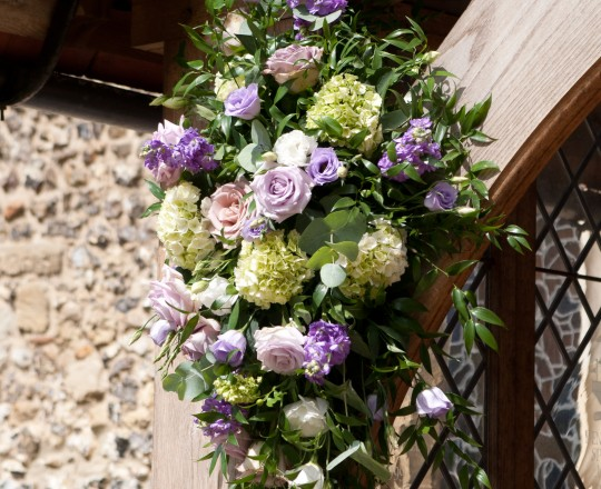 Joanna Carter wedding flowers, Church flowers, The Crazy Bear, Oxfordshire