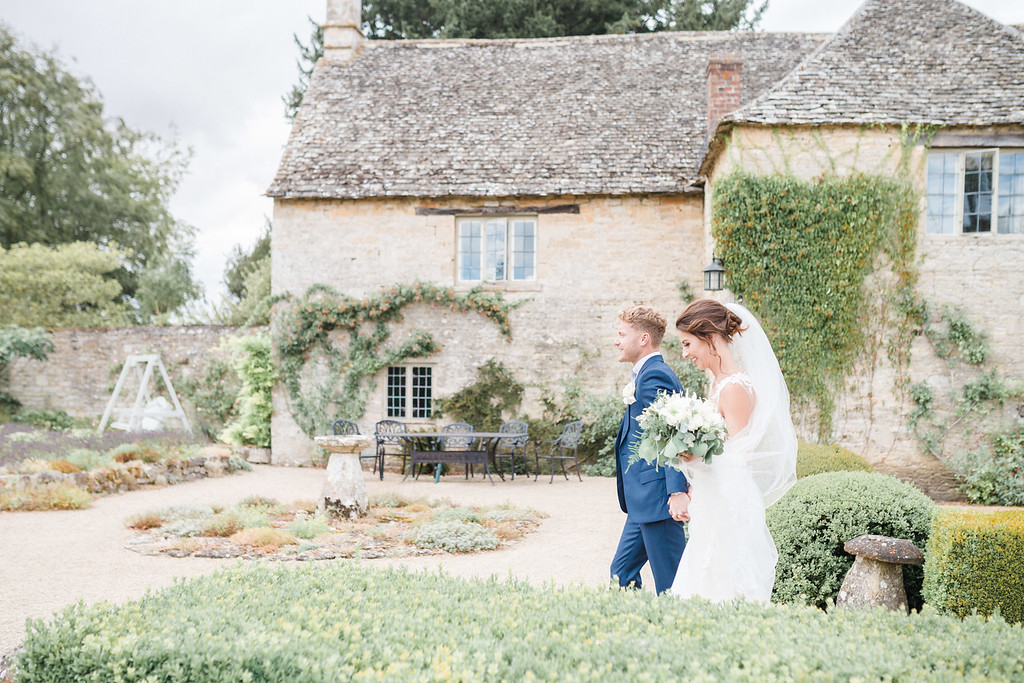 Joanna Carter Wedding Flowers Oxford Oxfordshire Buckinghamshire Gloucestershire Berkshire Surrey London